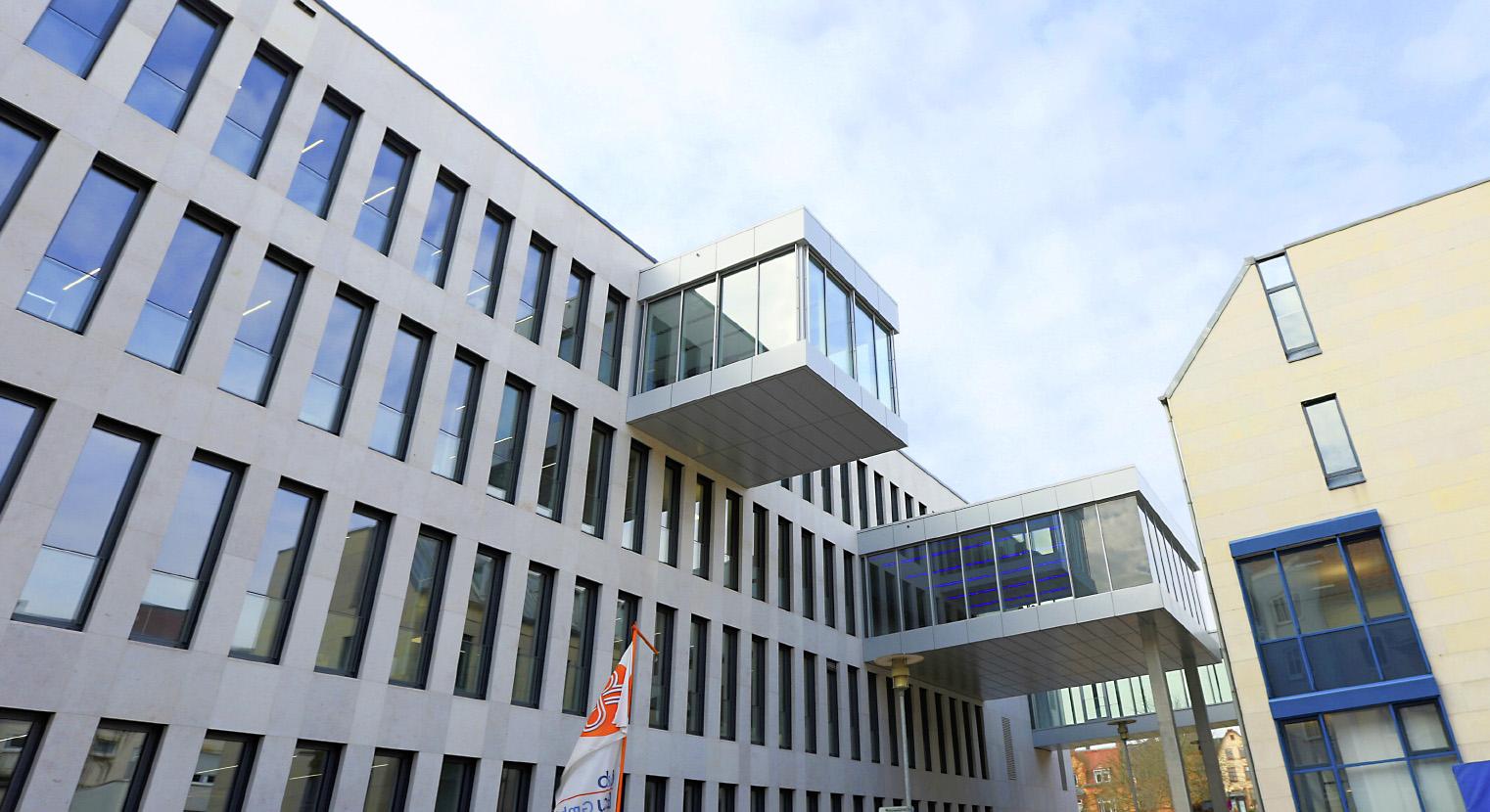 Vr Bank Sudpfalz Landau Kohl Und Frech